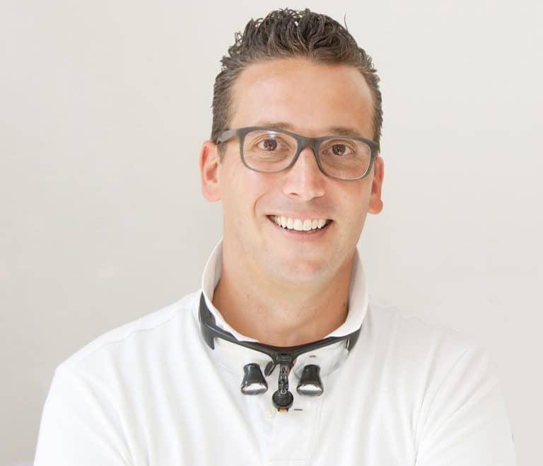 Zahnarzt Markus Lentrodt Dentist Munich
