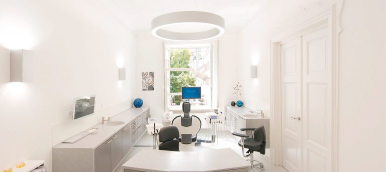Modern Dentist in Munich