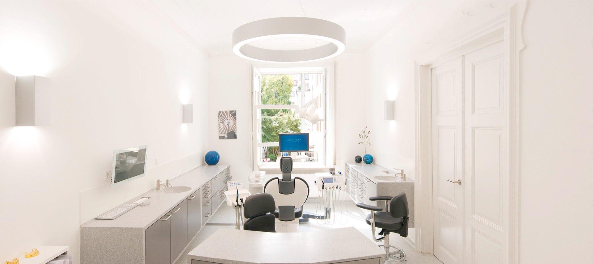 Modern Dentist in Munich